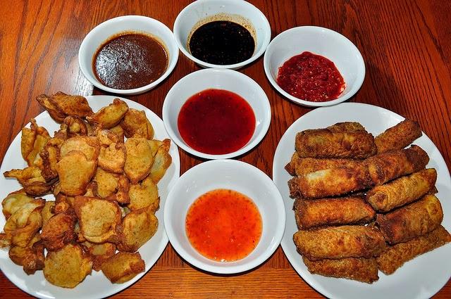 street food cuisine du monde recette de sauce chili piquante pour pizza barbecue plancha. Black Bedroom Furniture Sets. Home Design Ideas