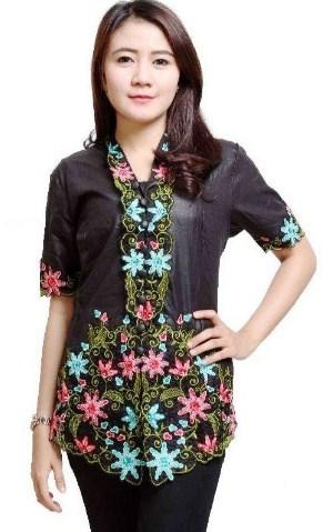 contoh Model Kebaya Batik remaja