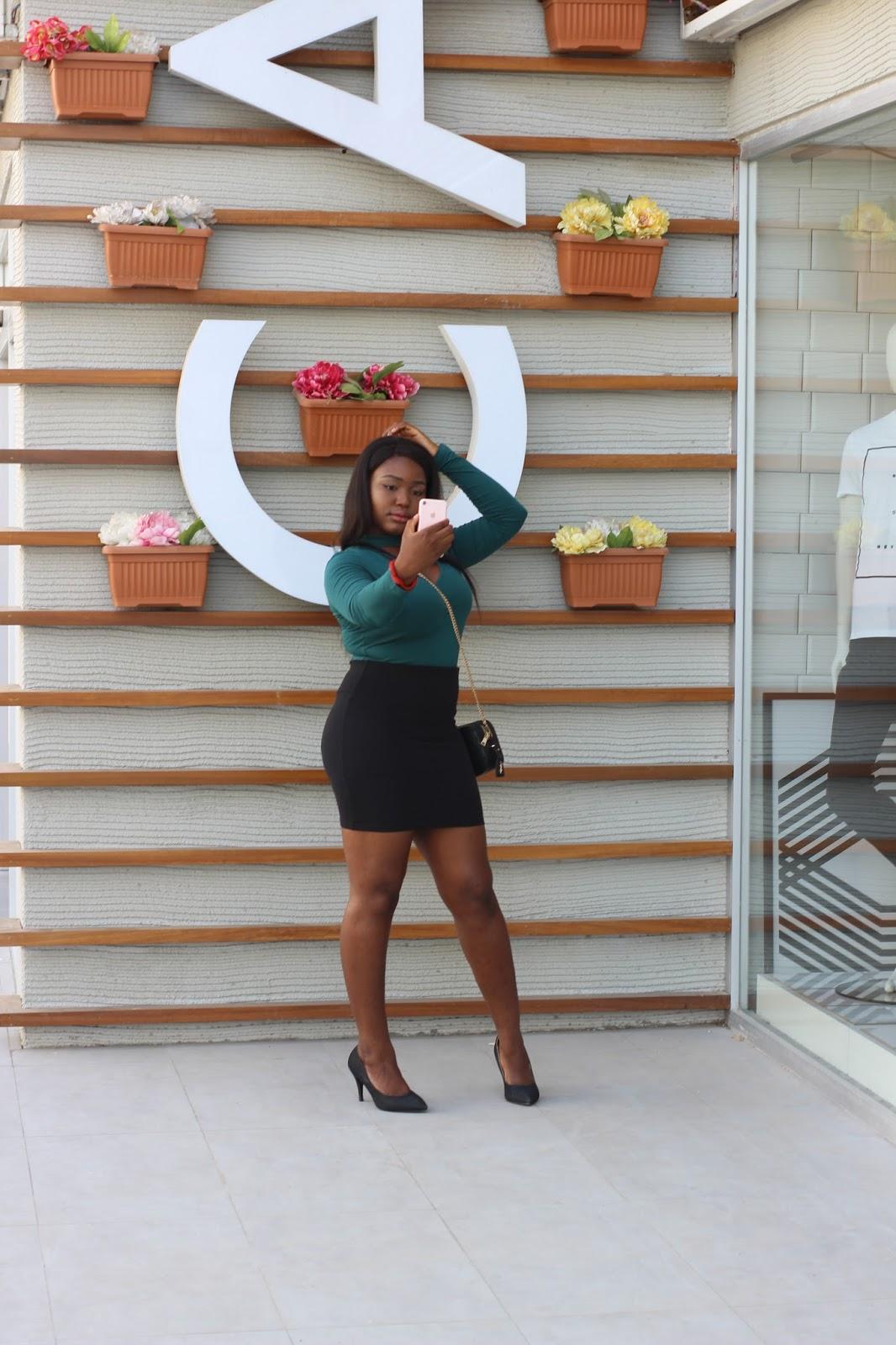 Nigerian female lifestyle blogger influencer