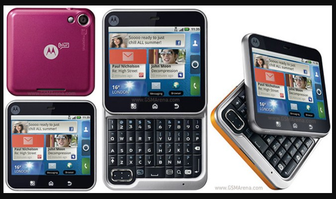 Smartphone Unik Jarang DIketahui - Motorola FlipOut