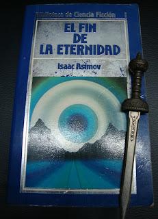 Portada del libro El fin de la eternidad, de Isaac Asimov