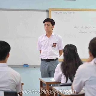 Foto Rizky Nazar Pakai Seragam Sekolah SMA Osis