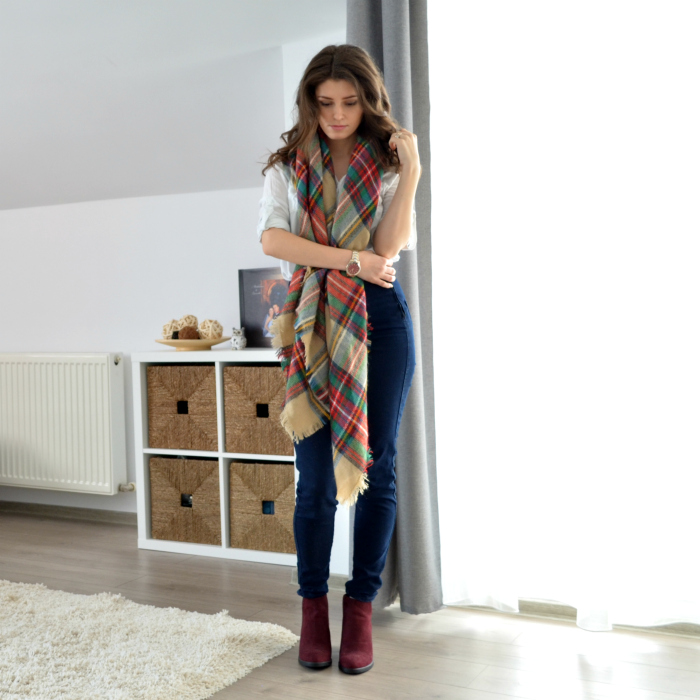 burgundy blanket scarf with white shirt and jeans outfit