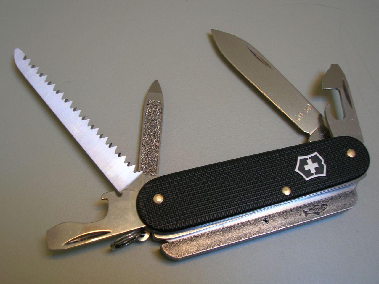 Swiss Knives Info Alox Cadett Mit S 228 Ge Und Feuerstahl