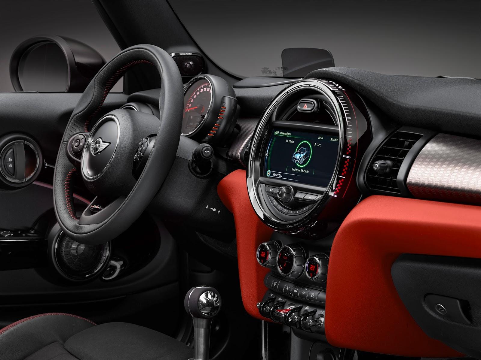 P90206793 highRes Έρχεται το νέο MINI John Cooper Works Cabrio με 231 ίππους