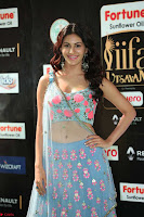 Amyra Dastur in Flower Print Choli Transparent Chunni at IIFA Utsavam Awards 34.JPG
