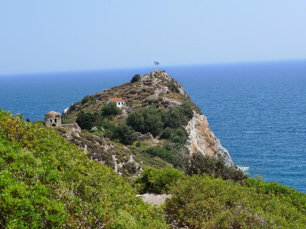 Kastro nad urwiskiem-wędrówki po Skiathos ciąg dalszy/Castro over a cliff - continuation of my visit on Skiathos