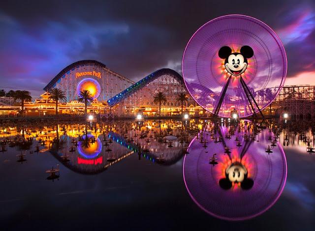 Noite no California Adventure Park em Anaheim