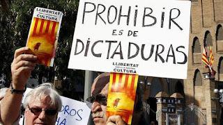 Taurinos protestando por la prohibición de las corridas de toros en Cataluña