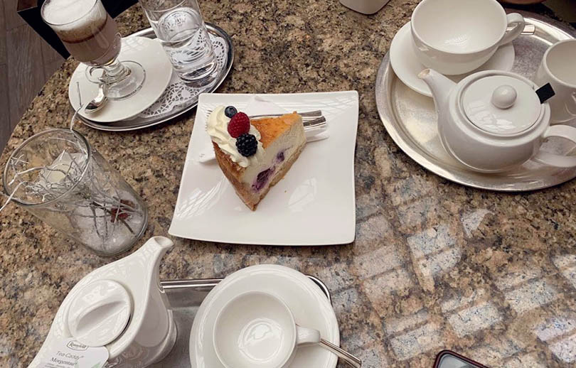 Coffee, Tea and Cakes at the Vienna Marriott Hotel's Garten Café