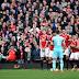 Confira o golaço de falta de Payet contra o Manchester United