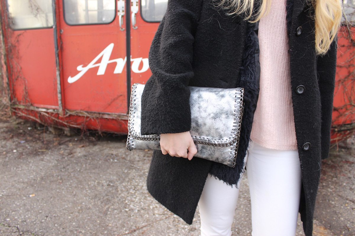 How to Style Fashion Outfit Stella McCartney Falabella Lookalike silber Mantel