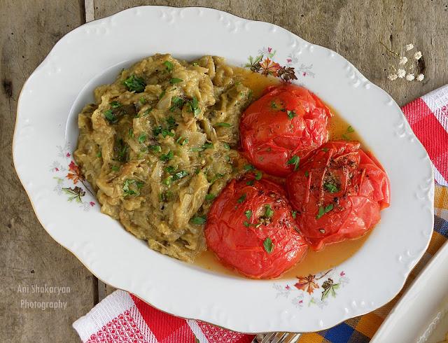 Арменска гарнитура от патладжани и домати Топакац