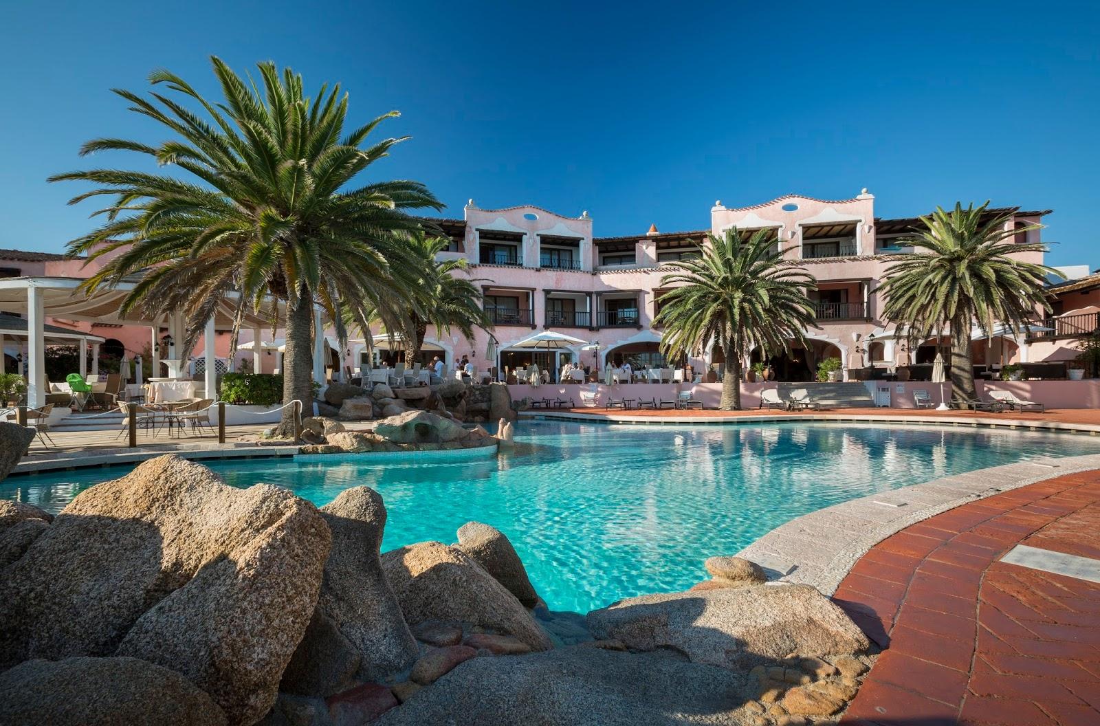 Buy hotel in Cervo