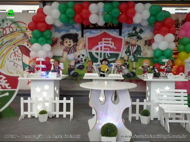 Tema Fluminense em decoração provençal para festa de aniversário