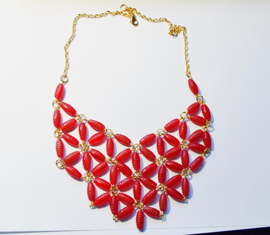 32f6112a8834 Quiero un blog de moda!  DIY Collar de cuentas
