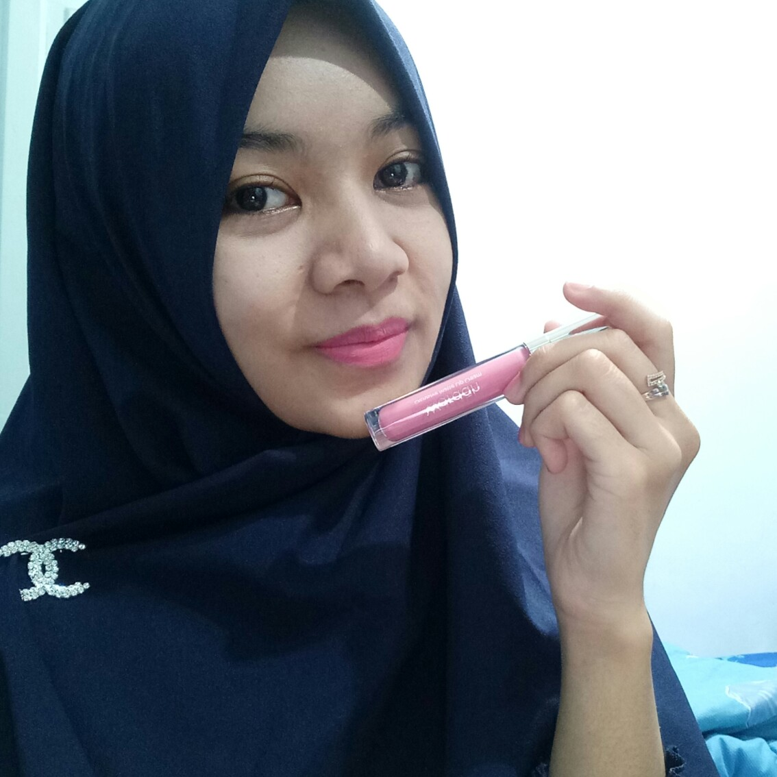 [REVIEW] Lip cream Wardah vs Emina vs Make Over - Scenes