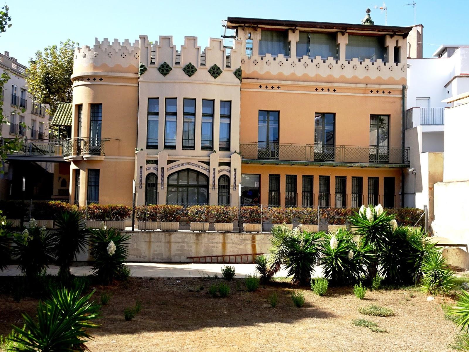 Redescubriendo barcelona y m s all 02 09 2017 badalona ca l 39 amig ii - Casa jardin badalona ...
