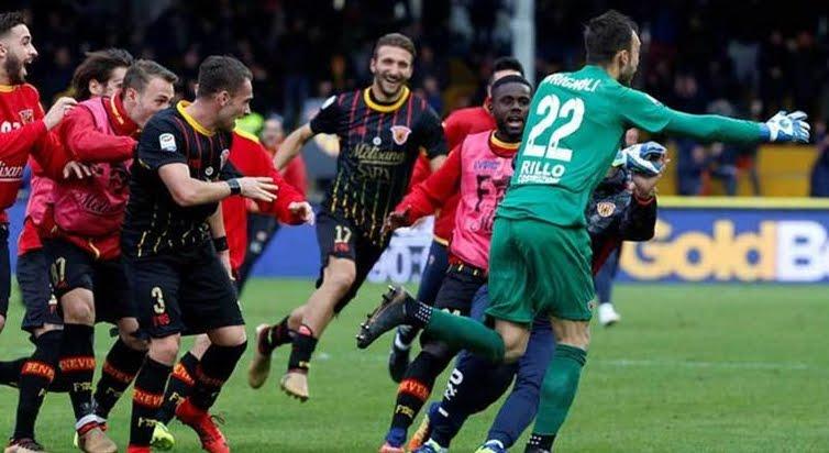 Calcio, Milan pareggia a Benevento 2-2