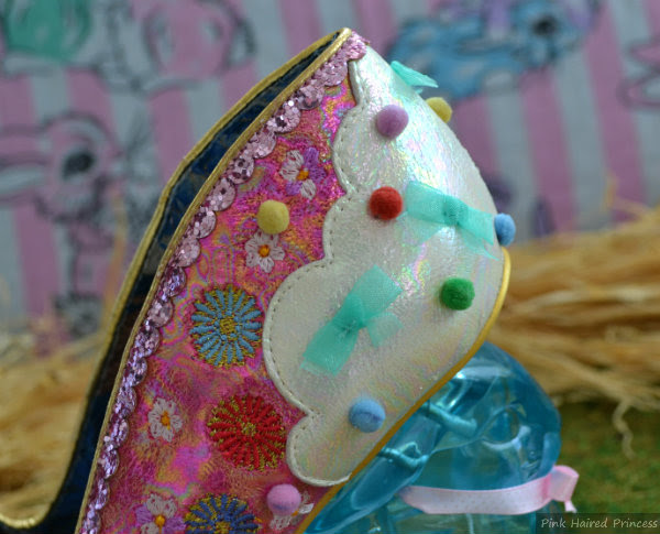 Irregular Choice Rainbunny bow detail