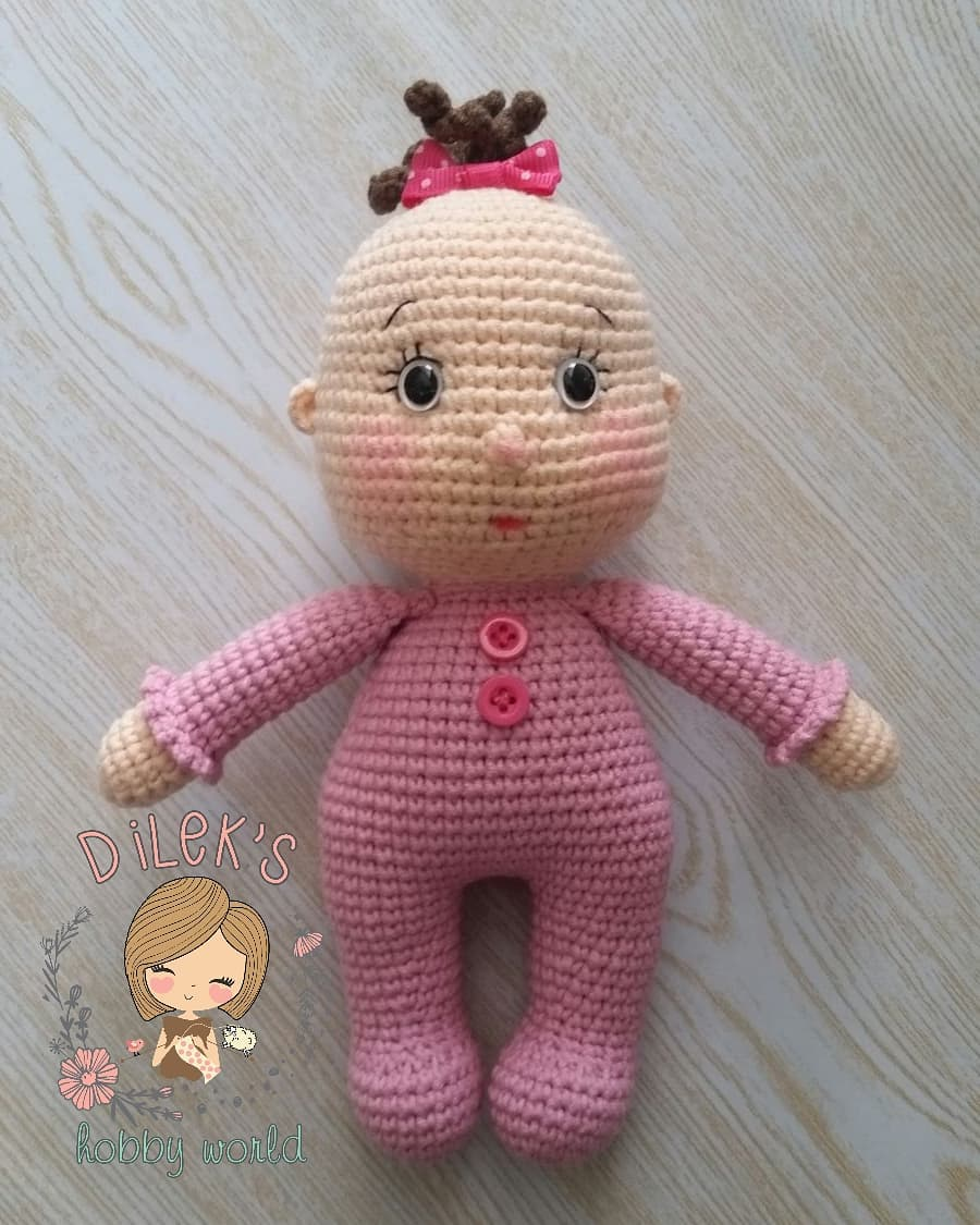 Вязаная кукла пупсик амигуруми