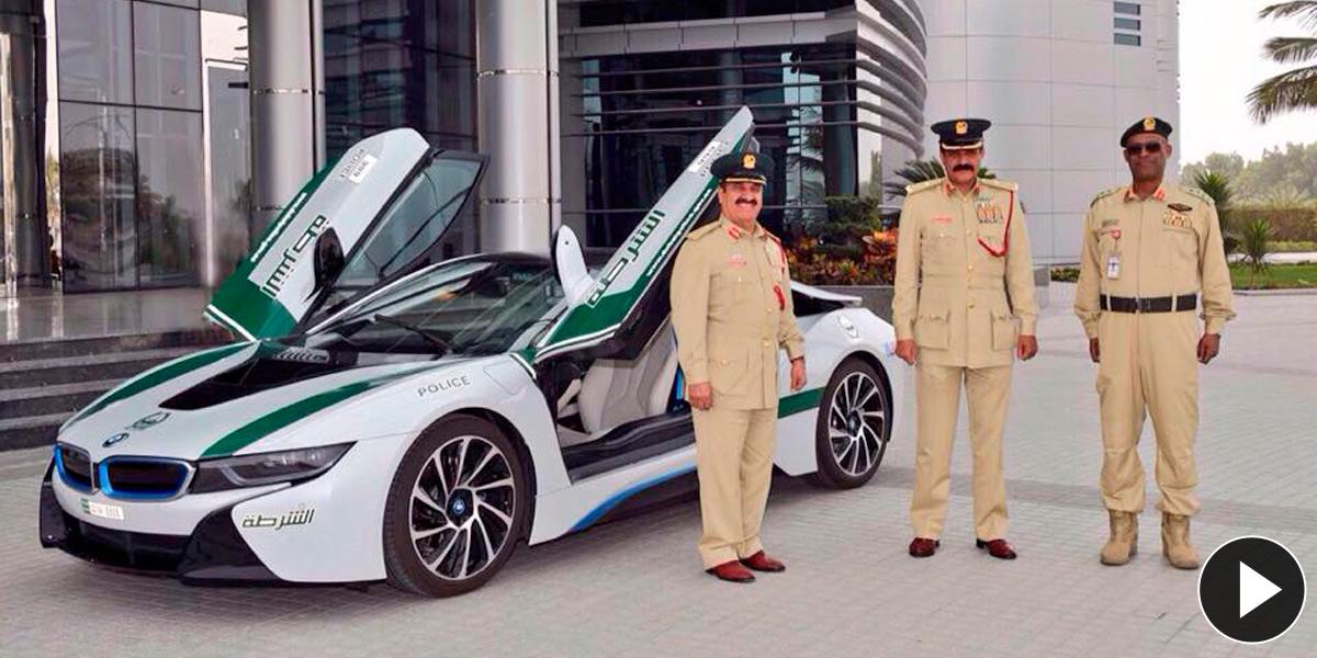 Policía Dubai con BMW i8