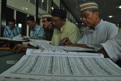 Celaka! Rajin Mengaji / Baca Al-Quran, Rajin Sedekah & Mati berjihad, Tapi Masuk Neraka