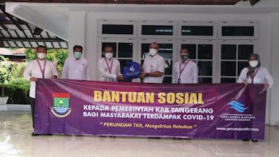 Bupati Tangerang Terima 1000 Paket Sembako dan Vitamin dari Perumdam TKR