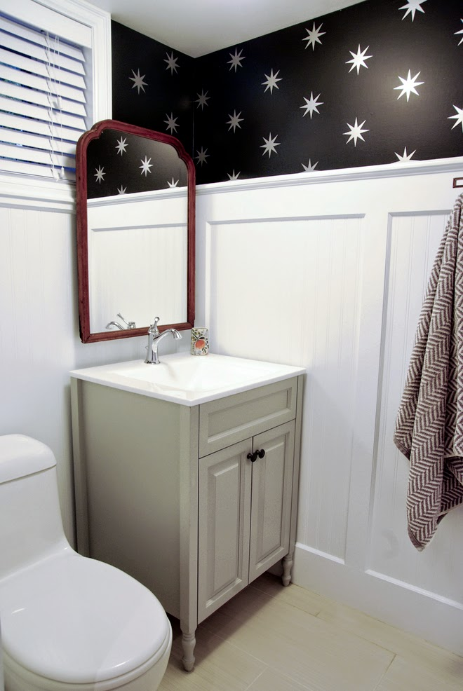 Rambling Renovators | white black bathroom vintage