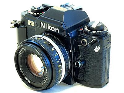 Nikon FG, Front oblique