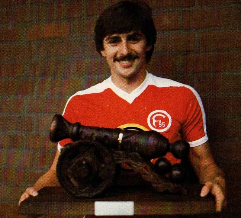 Soccer Nostalgia: Old Match Photographs-Part 33c