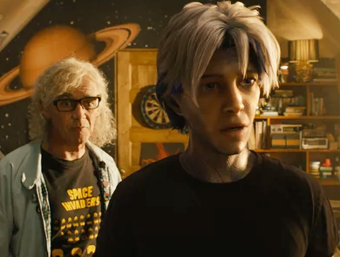 James Halliday (Mark Rylance) y Parzival en Ready Player One - Cine de Escritor