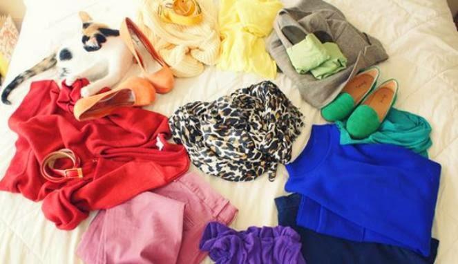 Tips Sederhana Padu-padan Koleksi Pakaian