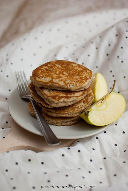 Jabłkowe pancakes z chia