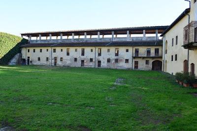 CORTILE-INTERNO-FORTEZZA-SANTA-BARBARA-PISTOIA