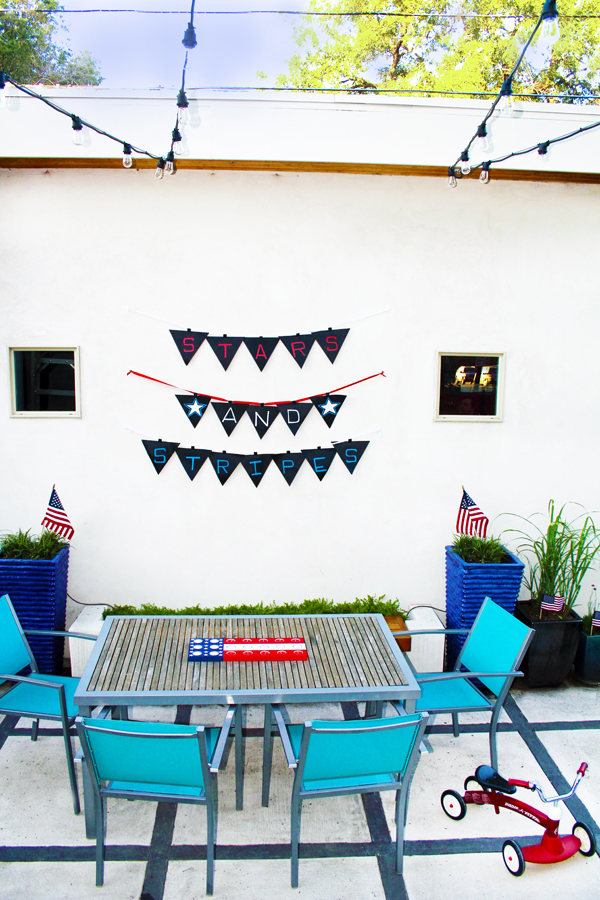 DIY 4th of July Banner - DIY Pennant Banner