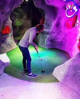Mr Mulligans Space Golf