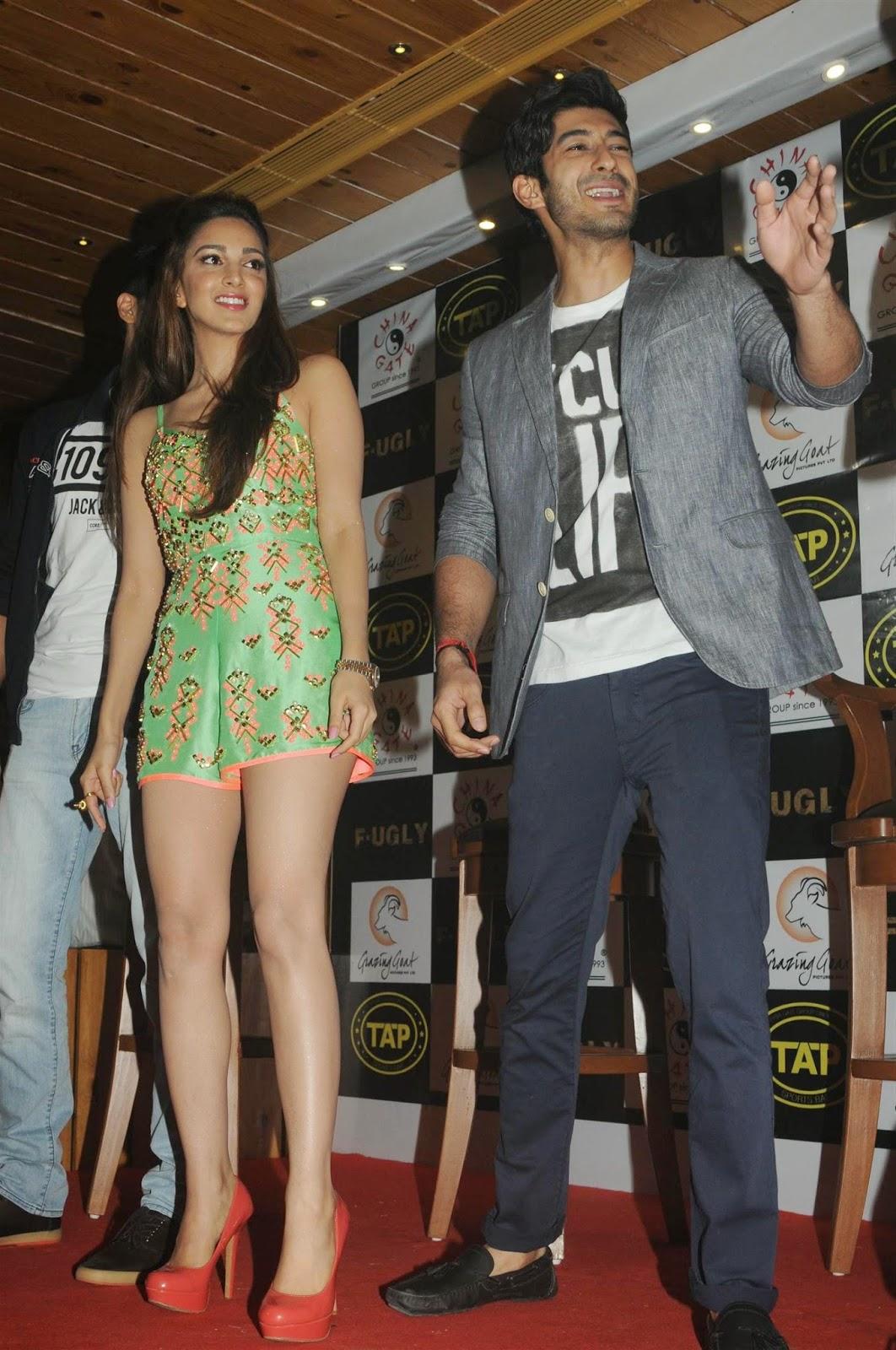 "<div>Kiara Advani Smoking Hot Legs Show At Film ""Fugly' Promotions In Mumbai ❤ ❤  ❤</div>"