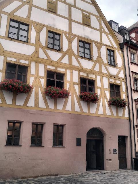Fachwerkhaus en la Weissgerbergasse. Núremberg.