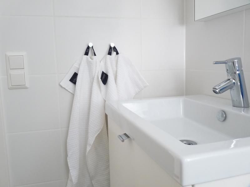 Handdukshängare badrum Kakel till kök och badrum