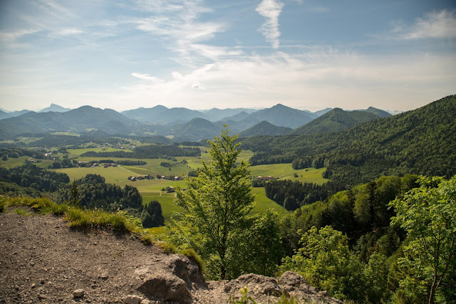 Gaisberg und Nockstein von Koppl  Wanderung FuschlseeRegion  Wandern Salzkammergut 01