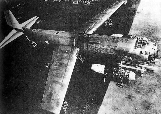 독일이 개발한 전익기 Junkers Ju 287