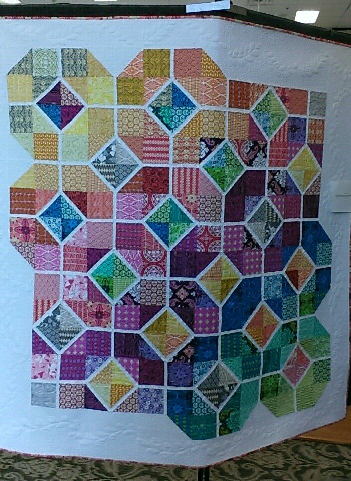 Quilt, Knit, Run, Sew: Lake Ashton Community Quilt show 2017