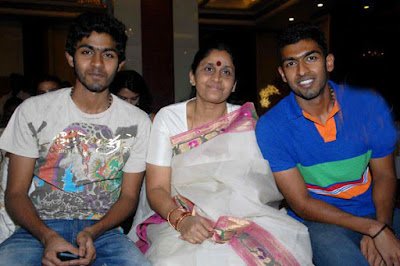 Mangala with her Sons Vinay Rajkumar and Guru Rajkumar