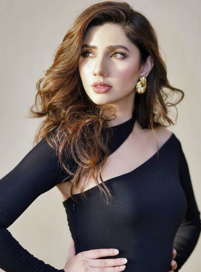 Mahira Khan husband, age, family, son, daughter, biography, movie, raees, dresses, wedding, hot, divorce, movies and tv shows, second marriage, pakistani actress, drama list, date of birth, new drama, bollywood name