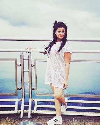 Akansha Awasthi heroine