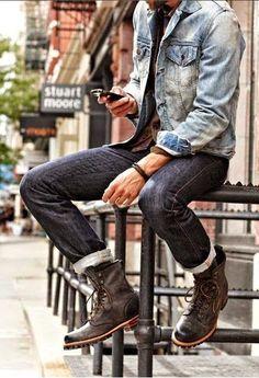 Look Masculino com bota ou tênis cano alto