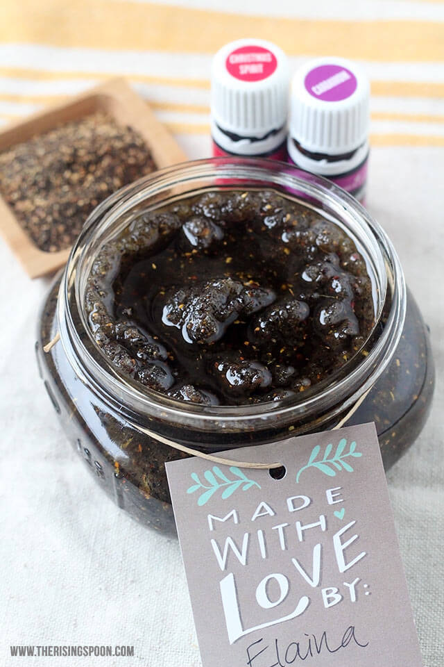 Holiday Gift Idea: DIY Chai Vanilla Sugar Scrub