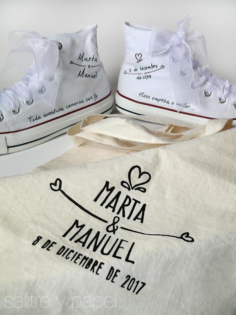 converse personalizadas pintadas a mano para novia más bolsa personalizada. Boda