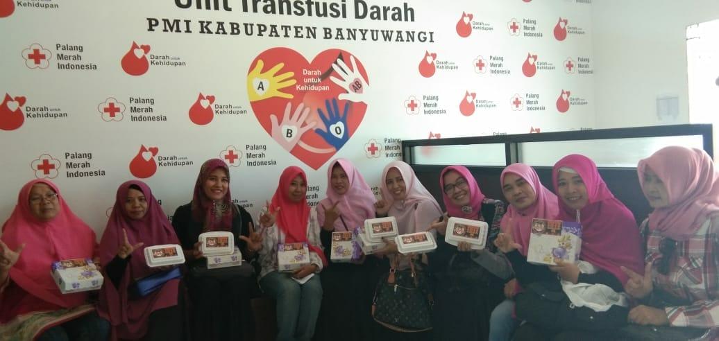 Partai Emak-Emak Pendukung Prabowo-Sandi Adakan Aksi Donor Darah